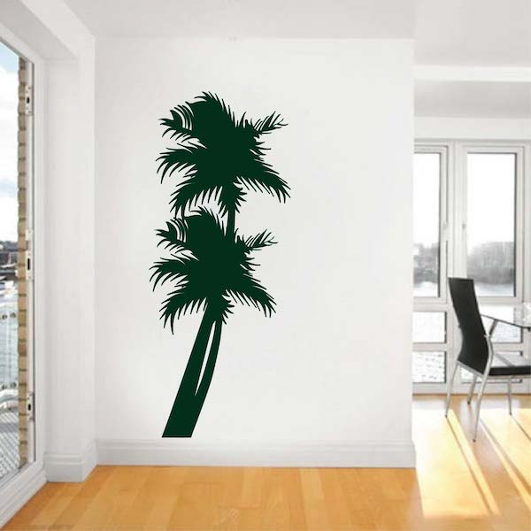 Beach Palm Trees. Zoom. Leaning Right